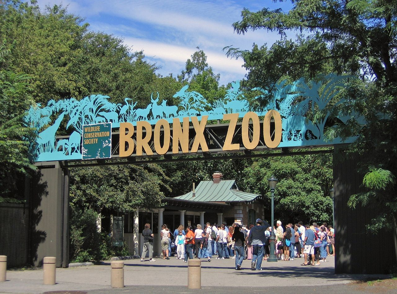 Entrance to the Bronx Zoo: Elephant-Free Zoos